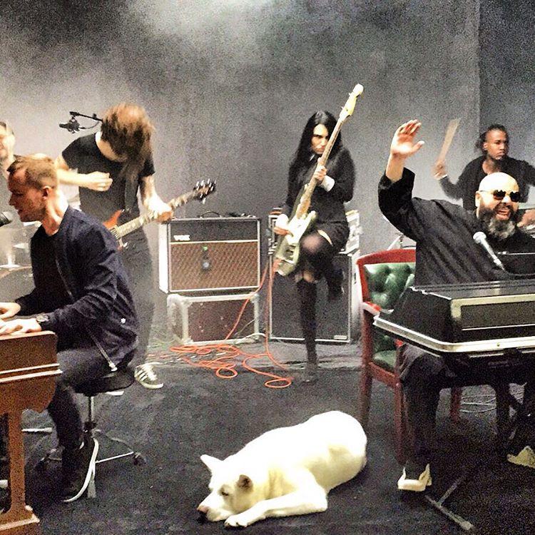 Скачать песни фадеева из главной сцены